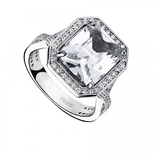 Błyszczący srebrny pierścionek z cyrkoniami