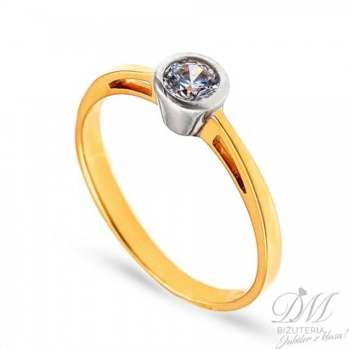 Złoty pierścionek idealny na oświadczyny