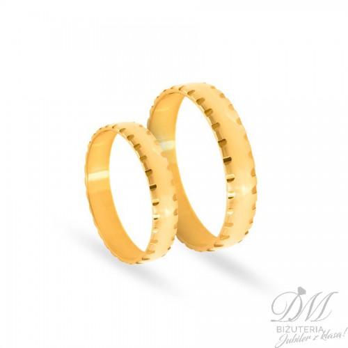 Obrączki ślubne półokrągłe z nacięciami 4 mm