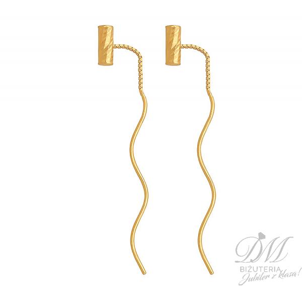 Długie złote kolczyki