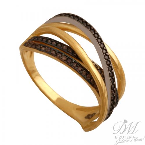 Okazały pierścionek z czarną cyrkonią