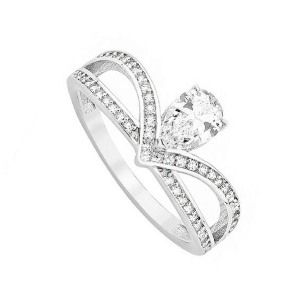 Srebrny pierścionek korona z cyrkoniami