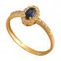 Piękny delikatny pierścionek z cyrkoniami