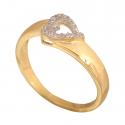 Złoty pierścionek z sercem idealny prezent