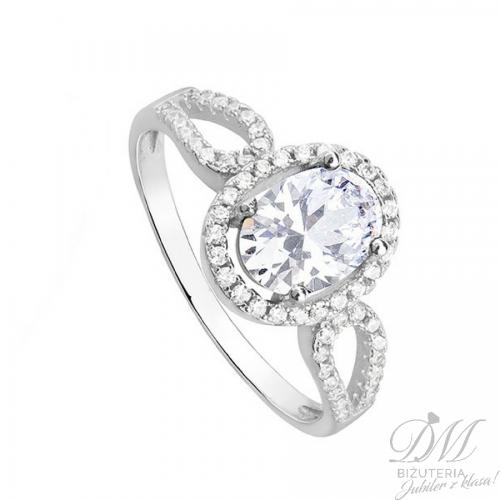 Srebrny pierścionek z cyrkoniami