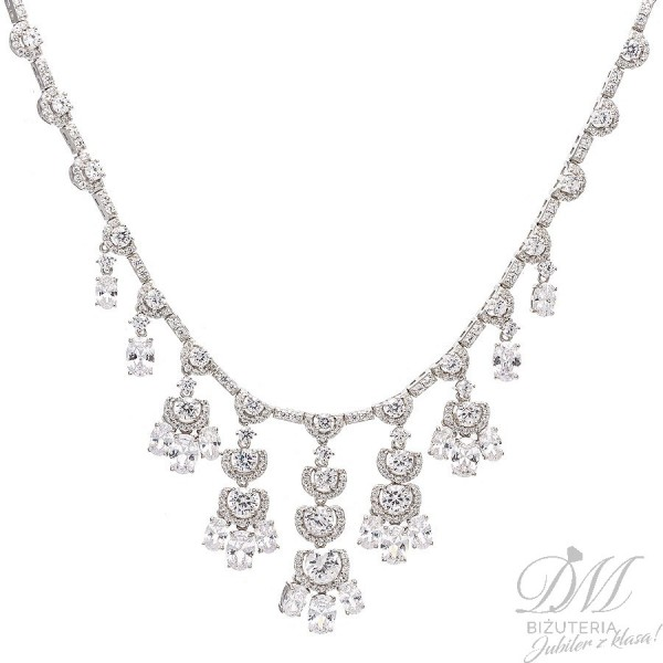 Przepiękna srebrna kolia, lśniące kamienie