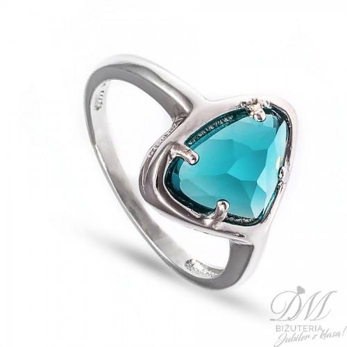 Srebrny pierścionek z turkusową cyrkonią