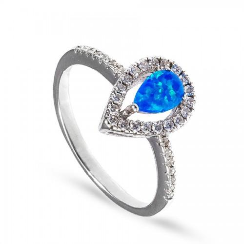Srebrny pierścionek z niebieską łezką