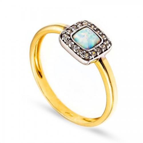 Piękny pierścionek z opalem