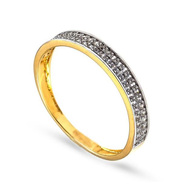Delikatny pierścionek z drobnymi cyrkoniami