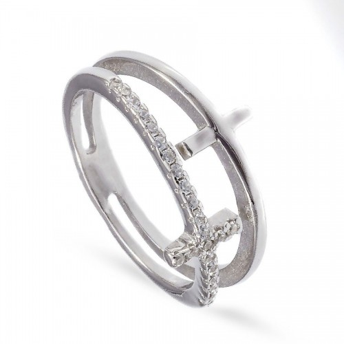Srebrny pierścionek z krzyżykiem
